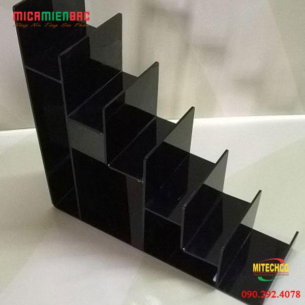 Kệ trưng bày mỹ phẩm mica